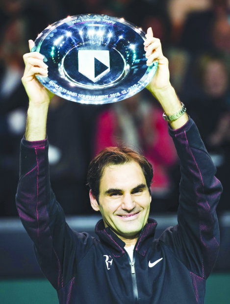 Federer cruises to Rotterdam title