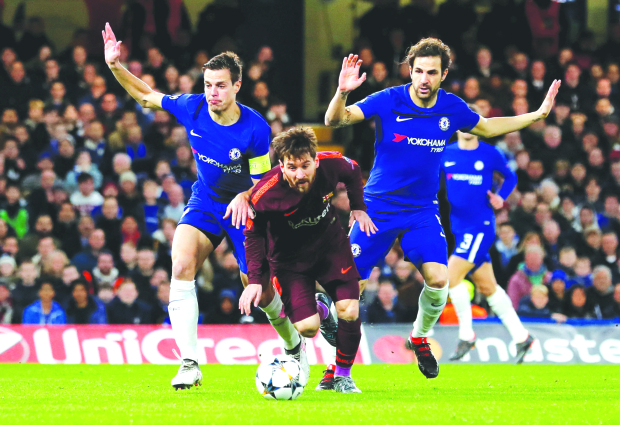 Messi strikes as Barcelona rally to hold Chelsea