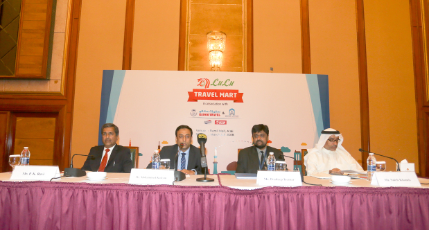<p><em>Officials from LuLu Hypermarket, Kanoo Travel and representatives of partners</em></p>