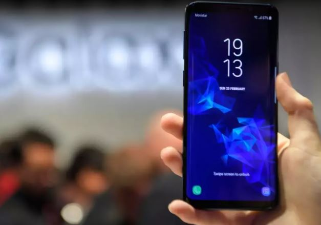 Tech Talk: PHOTOS: Six Samsung Galaxy S9 features that are missing in Apple iPhone X