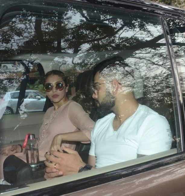 Bollywood: PHOTOS:  Virat, Anushka, Kangana and Aamir Khan meet Sridevi's family