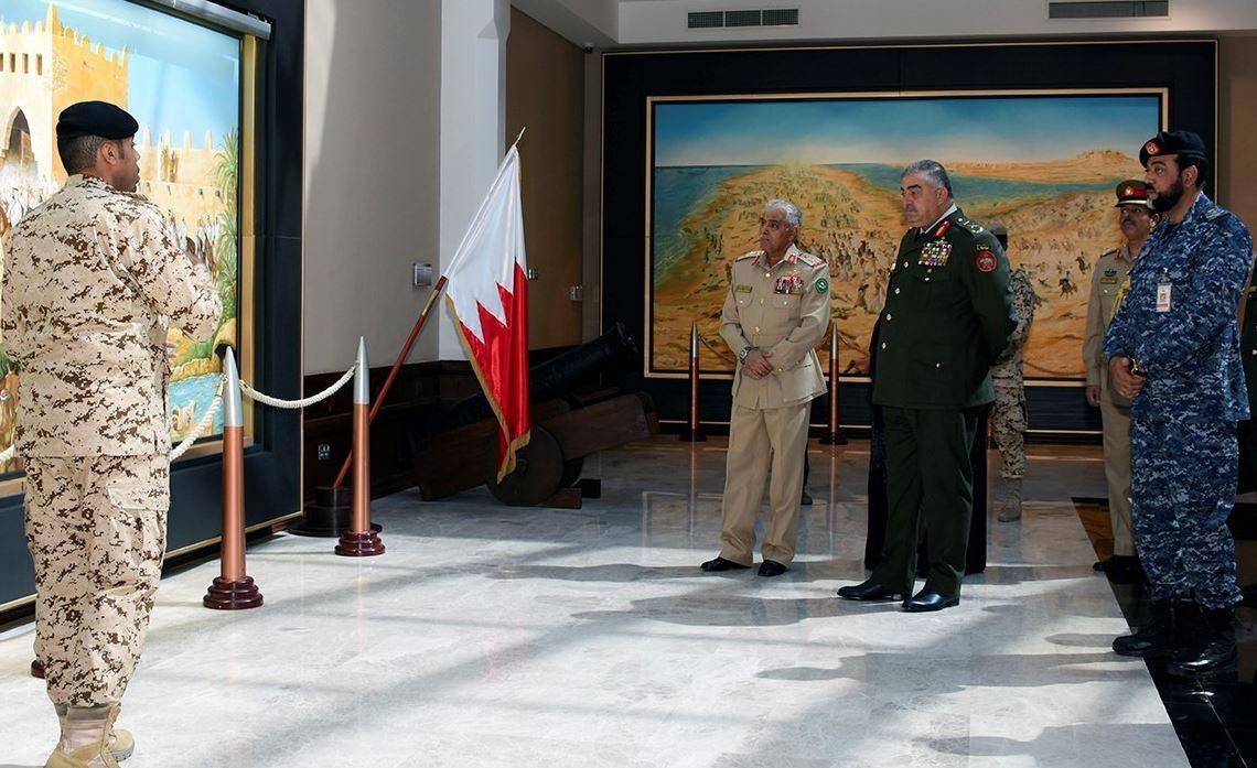 <p>Lieutenant General Mahmoud Fraihat visits<span>Military Museum of the Bahrain Defense Force</span></p>