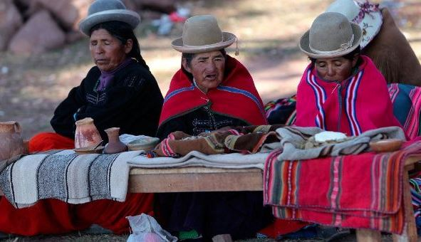 Bolivian women weave devices to patch holes in hearts
