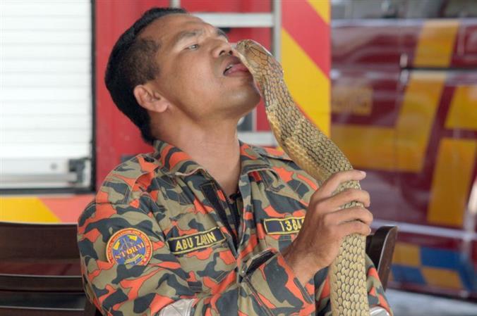 PHOTOS: Malaysia 'snake whisperer' dies after cobra bite