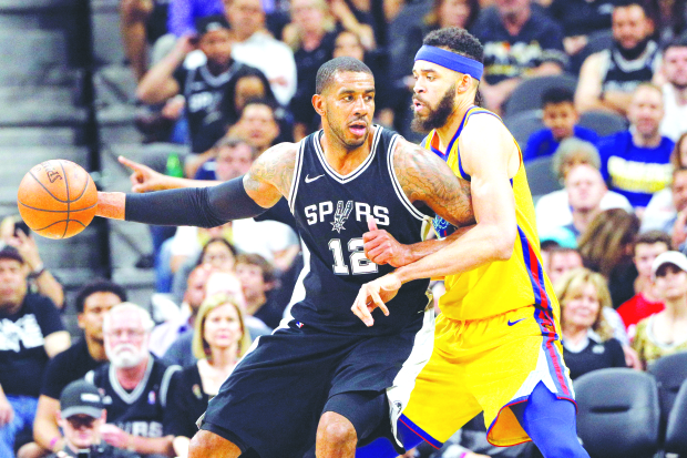 Injury-hit Warriors go down to Spurs