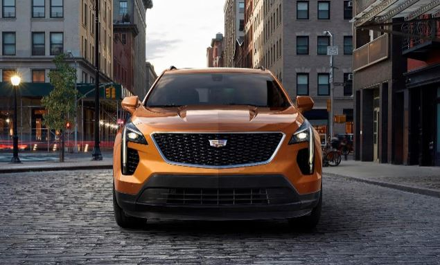 Cadillac introduces first-ever XT4