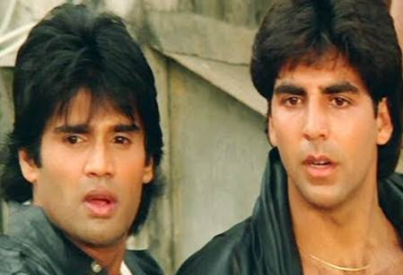 Bollywood: Akshay Kumar-Suniel Shetty selfie - a reminder of good times