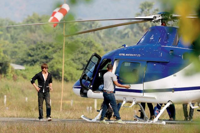 Shah Rukh Khan uses helicopter to cut down commute time within Mumbai for 'Zero' shoot