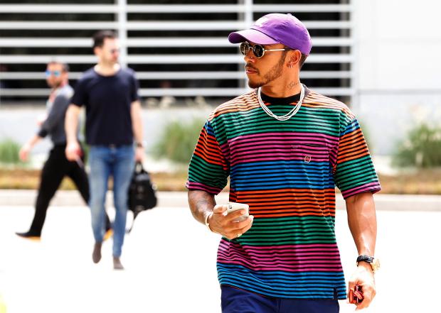 Hamilton expects 'furious scrap'