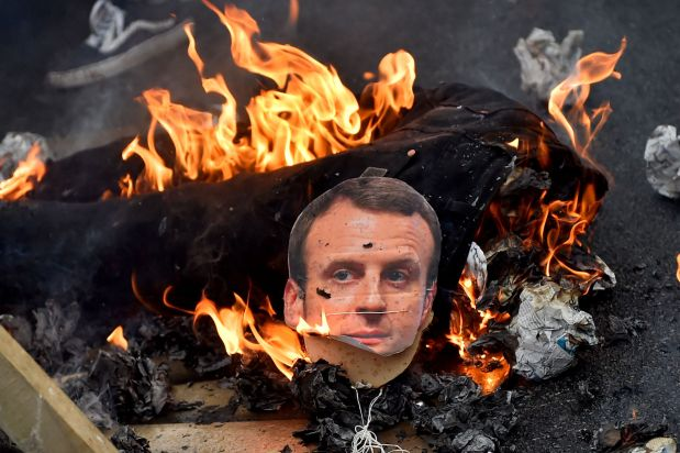 French train chaos strikes again as standoff with Macron deepens