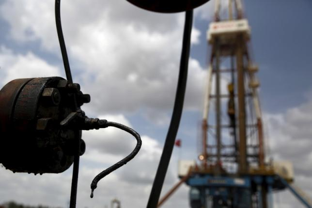 Oil prices rise by more than 1 per cent on hopes US trade spat with China may ease