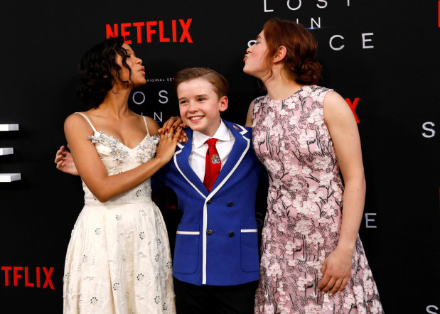 Danger, Will Robinson! 'Lost in Space' finds new life on Netflix