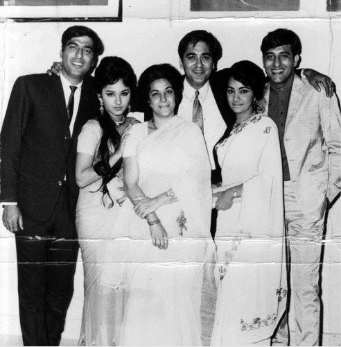 Bollywood: Nostalgia: Vintage photos of Bollywood stars from the golden era of Hindi cinema