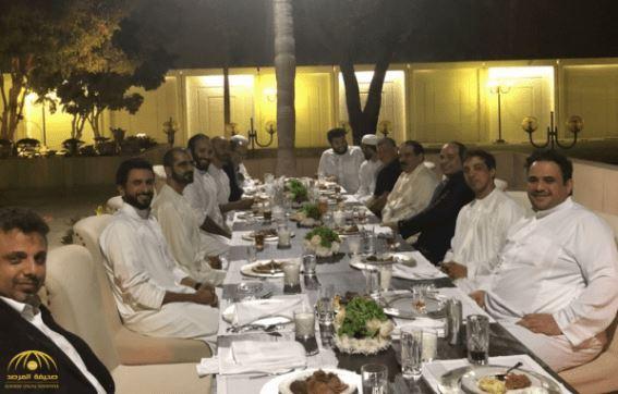 Saudi Crown Prince hosts casual dinner for Arab leaders