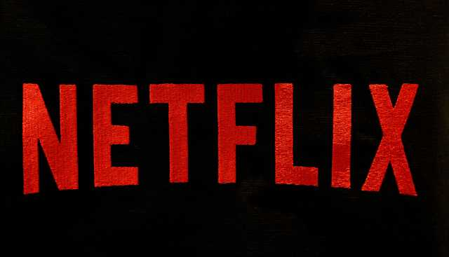 Netflix programming binge pays off with subscriber surge