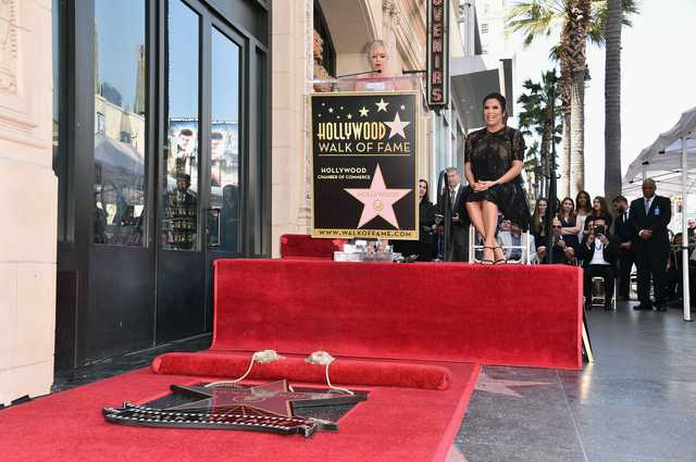 'Desperate Housewives' actress Eva Longoria gets Hollywood star