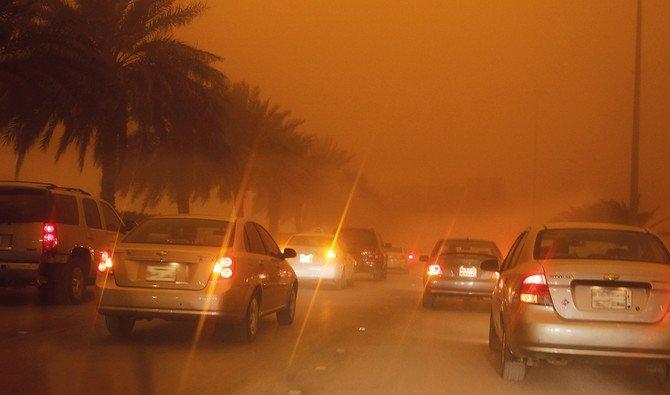 Schools closed in Riyadh over sandstorm warning