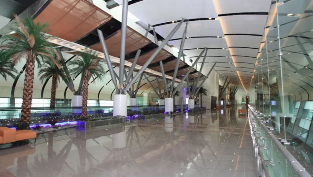 Passengers using new Muscat airport exceed one million in a month