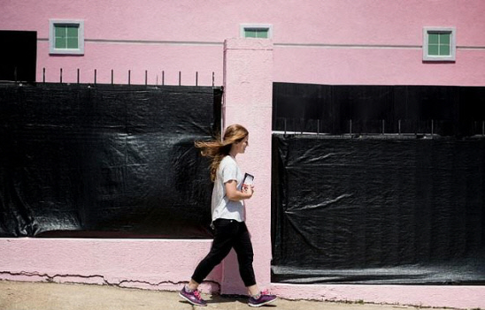 US: Facing legal threats, Mississippi's last abortion clinic stands defiant