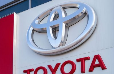 Toyota sells over 1.52m electrified vehicles in 2017