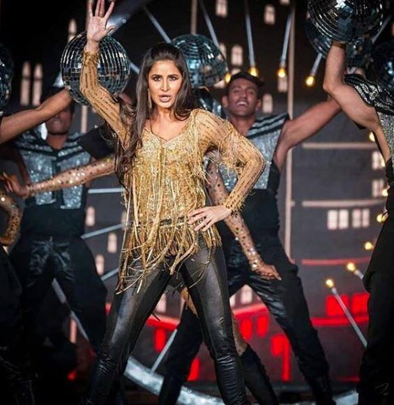 Bollywood: Photos & Videos: Ranveer, Katrina, Shraddha, Shahid, Karan dance at this Delhi wedding