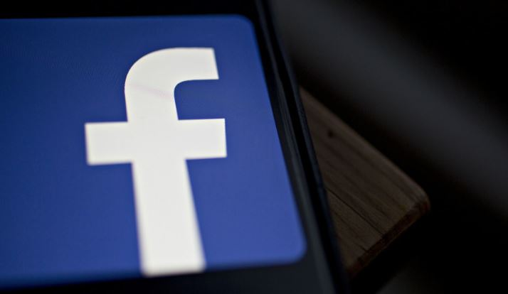 Facebook privacy drive may crimp some political campaigns