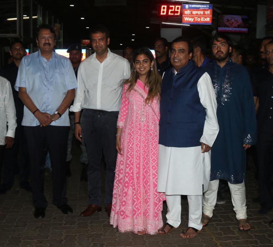 Celebs: Isha Ambani gets engaged to Anand Piramal, wedding in December