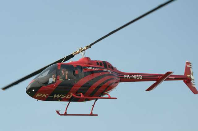 Helicopter taxi apps offer escape from traffic-choked megacities