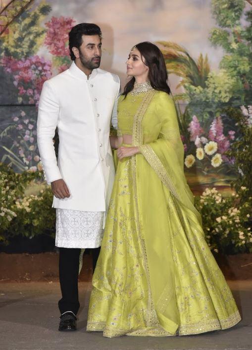 Bollywood: Inside Sonam's wedding reception: Salman-SRK's 'Karan Arjun' moment, Anil Kapoor, Ranveer's crazy dance moves & more
