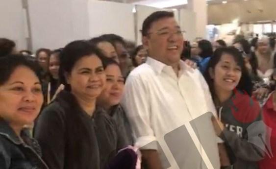 89 Filipina domestic workers leave Kuwait