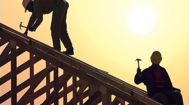 Employers urged to abide by three-month outdoor work ban
