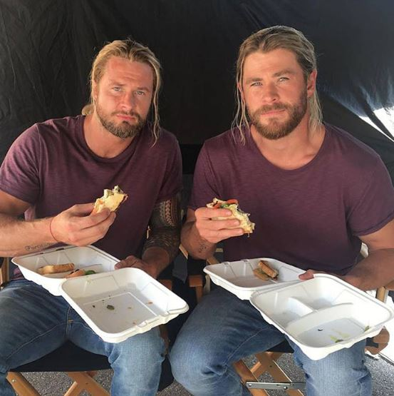 Hollywood: Behind-the-scenes photos of Avengers and their stunt doubles together!