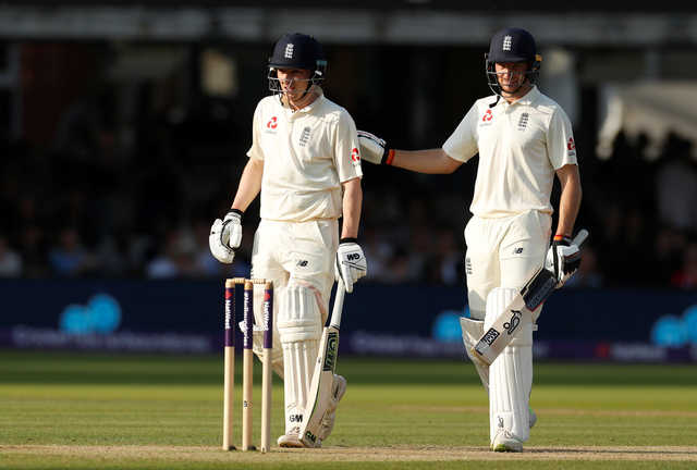 Buttler and Bess rescue England