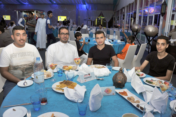 Photo Gallery: Asry hosts Iftar party
