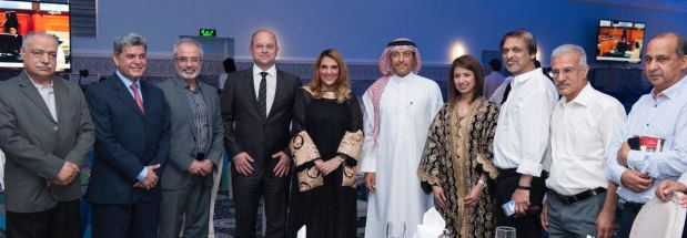<p><em>Gulf Air deputy chief executive officer, Captain Waleed Abdulhameed Al Alawi, sixth from left, with members of Bahrain's media</em></p><p>Around 70 people attended the annual Ramadan media ghabga held by Gulf Air at the Gulf Hotel Bahrain Convention and Spa.</p><div>The event was attended by members of the management and Bahraini and Saudi media.</div>