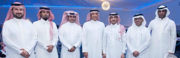 <p><em>Capt Waleed, centre, with Saudi media representatives</em></p>