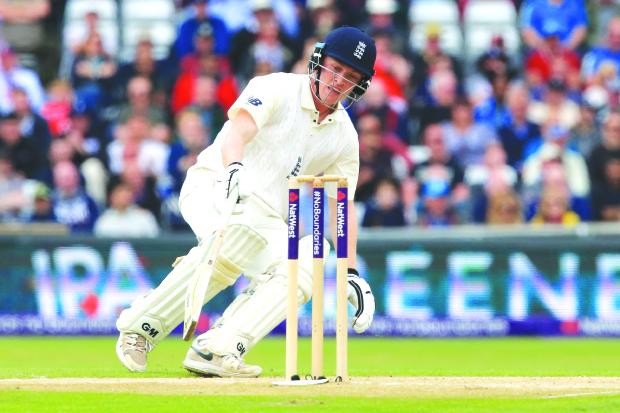 England stretch lead to 128 runs