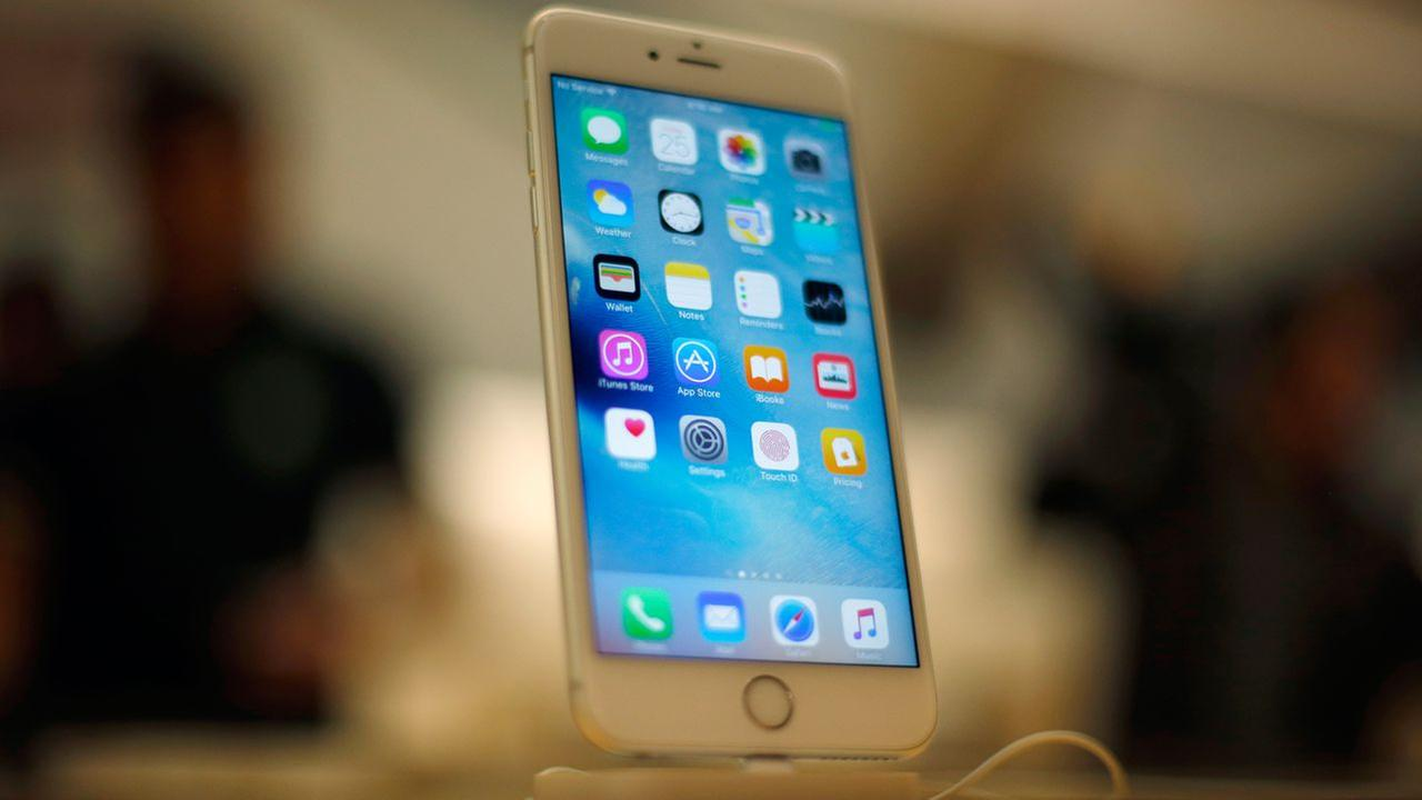 Apple to make fewer new model iPhones