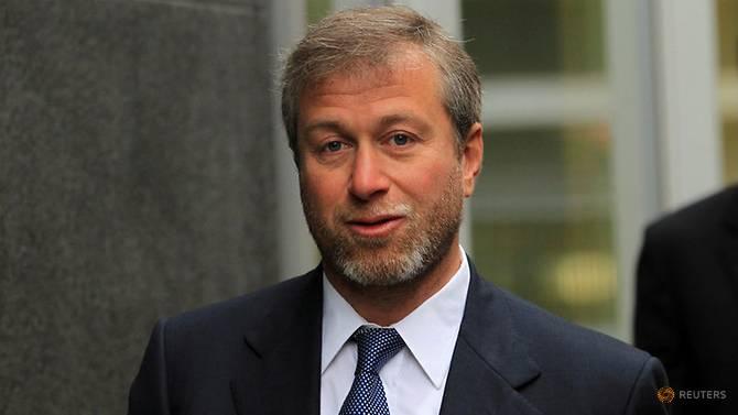 Abramovich turns down Ratcliffe bid to buy Chelsea
