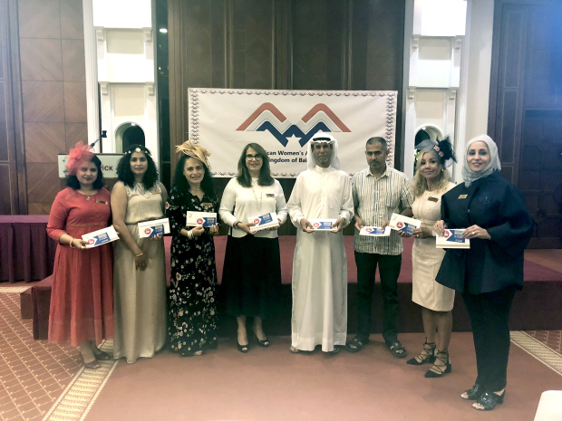 <p><br><em>Ms Greef, second from right, with Maqaba Charitable Society president Ali Alzaki and other representatives.</em></p>