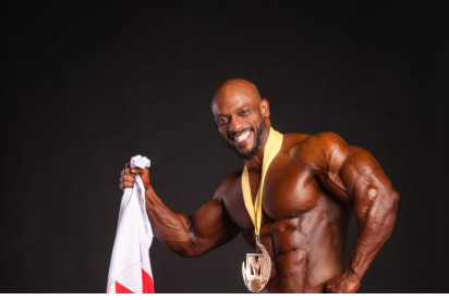 Al Haddad wins title