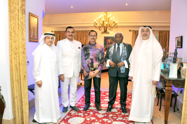 A special Eid gathering was hosted yesterday by Malaysian Ambassador Agus Salim Bin Yusof at his Jasra residence. It was attended by dignitaries and members of the Malaysian community in Bahrain. Above, the ambassador with dignitaries and guests. Picture: Ahmed Rajab