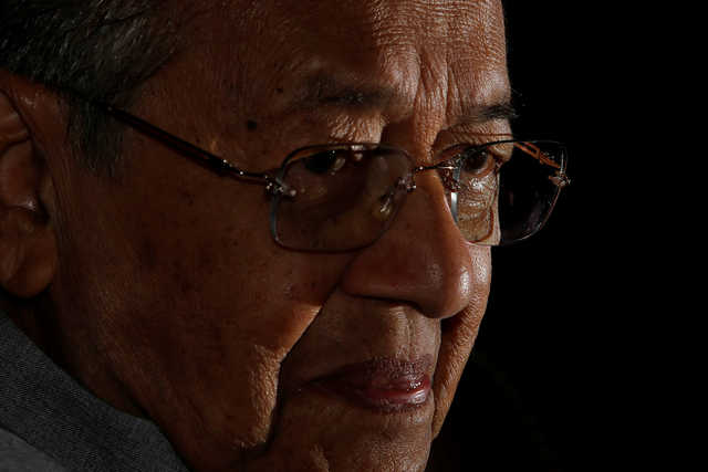 Mahathir: Malaysia could extend tax breaks for key foreign investors