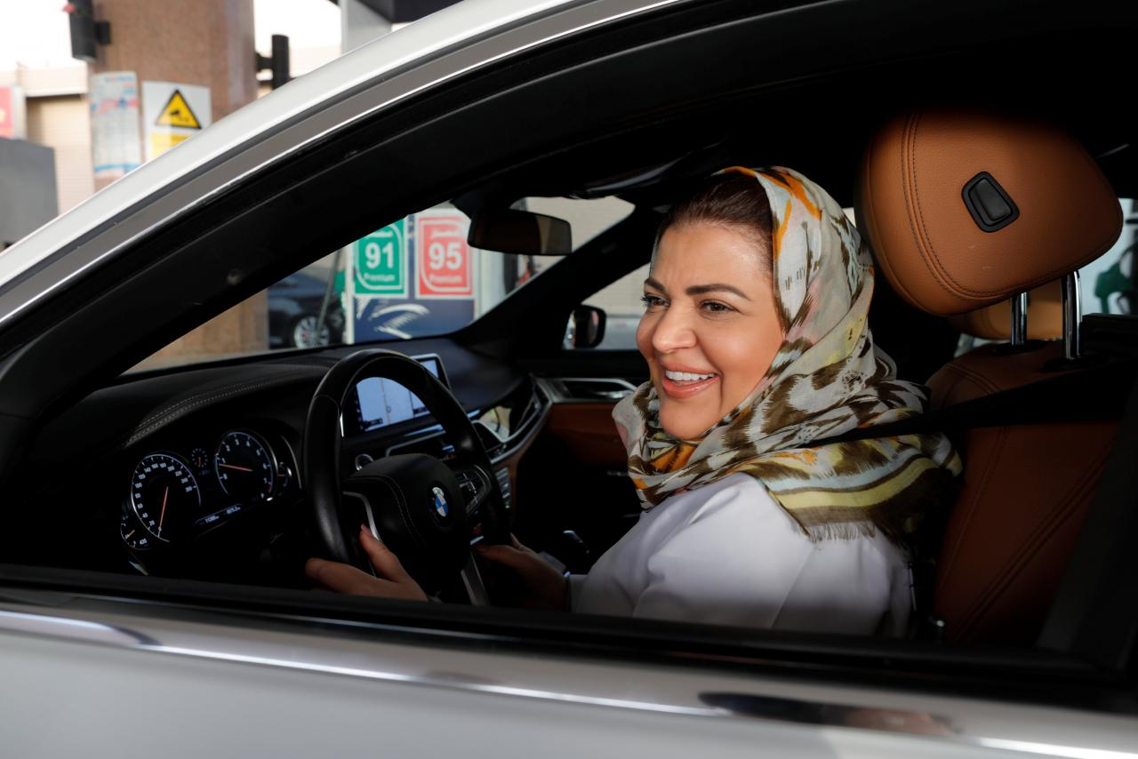Saudi announces end of ban on women driving