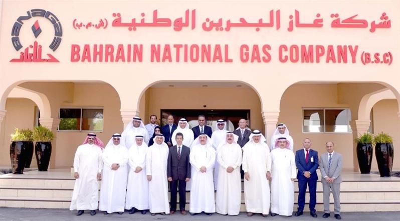 <div>Labour and Social Development Minister Jameel Humaidan visited Bahrain National Gas company (Banagas). He met the company's chief executive Dr Shaikh Mohammed bin Khalifa Al Khalifa, and its administrative staff. Mr Humaidan inspected the company's facilities and production units. He also reviewed with Dr Shaikh Mohammed Banagas' achievements and its contributions to supporting the economy.</div>