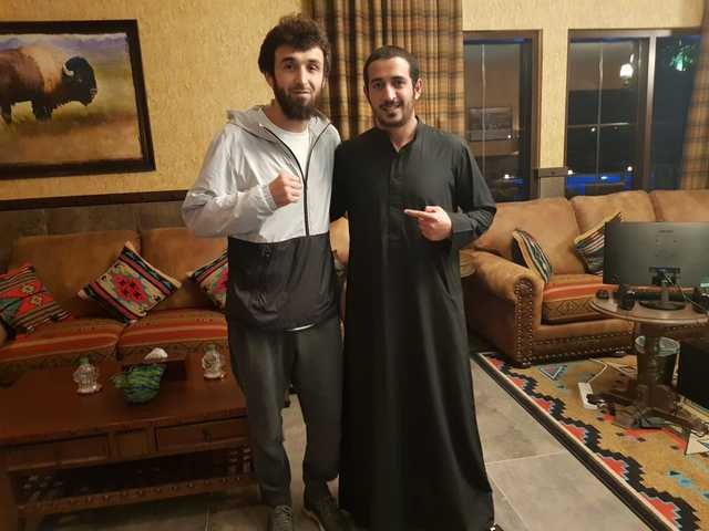 <div>Shaikh Khalid bin Hamad Al Khalifa, Supreme Council for Youth and Sports first deputy president, and Bahrain Mixed Martial Arts Federation (BMMAF) honourary president, received in his office yesterday UFC star Zabit Akhmedovich Magomedsharipov. The 27-year-old Russian light weight fighter is in Bahrain at the invitation of Shaikh Khalid who said his visit would have positive impacts on the sport of MMA in Bahrain. Magomedsharipov offered his deepest gratitude to Shaikh Khalid for his efforts towards promoting MMA in the region, and his contributions, including the establishment of KHK MMA and the Brave Combat Federation which is attracting the world's top MMA fighters. Left, Shaikh Khalid with Magomedsharipov.</div>