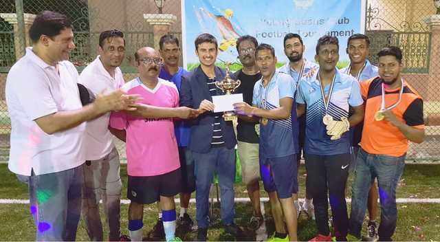 <div>Sporting Warriors defeated Ribandar FC 'B' 3-1 in the final to win the Gold Cup in the Men's 5-A-Side Penalty-Shoot held on Friday at Dasman Center Ground in Gudaibiya. Micky Furtado, Melvin Figreido and Rio Fernandes scored for the winners and Lucas D'Souza netted in the consolation goal for the runners-up in this event organised by Young Goans Club. In the semi-finals, Sporting Warriors beat Snipers FC 'B' 3-4, while Ribandar FC 'B' downed YGC-B 6-5. In the first ever 3-A-Side Women's Penalty Shoot-Out, Castle Girls Sporting won the title after beating Sporting FC Ladies 4-3 in the finals. Above, the Sporting Warriors.</div>