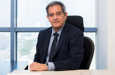 First Bahrain appoints chairman as acting CEO