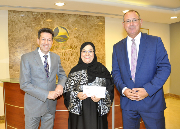 <p><em>At the presentation are, from left, Mr Jones, Ms Al Kooheji and Mr Peters.</em></p>