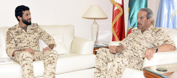 <p>BDF Commander-in-Chief Marshal Shaikh Khalifa bin Ahmed Al Khalifa yesterday received Royal Guard Commander Brigadier General Shaikh Nasser bin Hamad Al Khalifa and commended his efforts to enhance administrative and combat readiness.</p>
